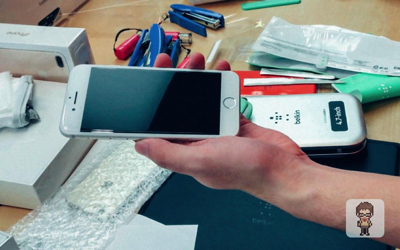 【動画】Apple Store の Belkin iPhone保護フィルム貼り付けサービス